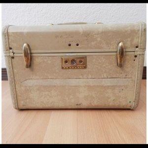 Vintage Samsonite Makeup Train Case Luggage Mirror